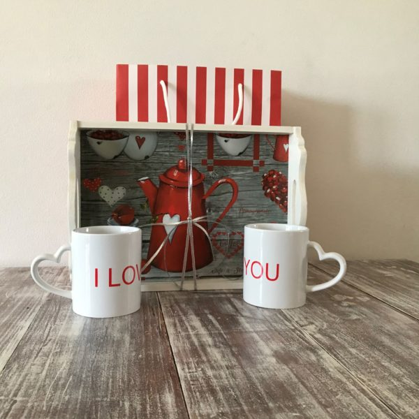 I LOVE YOU MUGS with coffee tray